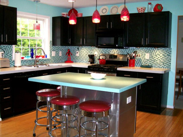 Retro-Kitchen-Decor-and-beach-house-decorating-ideas-kitchen-for-your-grand-Kitchen-through-impressive-renovation-concept-23-600x450